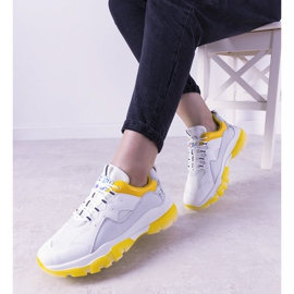 Biało żółte sneakersy z podeszwą ombre Laugh białe 1