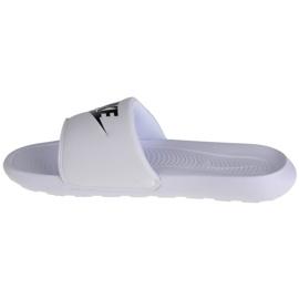 Klapki Nike Victori One Slide W CN9677-100 białe czarne 1