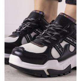 Czarne sneakersy z holograficznymi wstawkami Allisone 3