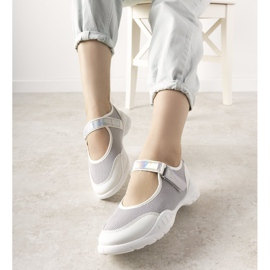 Szaro białe obuwie sportowe z holograficzną wstawką Melania szare 1
