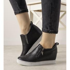 Czarne błyszczące sneakersy damskie Avery 5