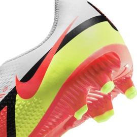 Buty piłkarskie Nike Phantom GT2 Academy FG/MG Jr DC0812-167 wielokolorowe białe 7