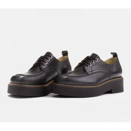 Marco Shoes Mokasyny Chiara ze skóry przecieranej czarne 3