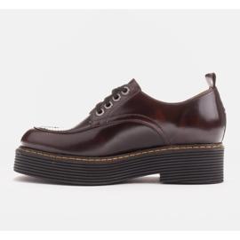 Marco Shoes Mokasyny Chiara ze skóry przecieranej czarne czerwone 1