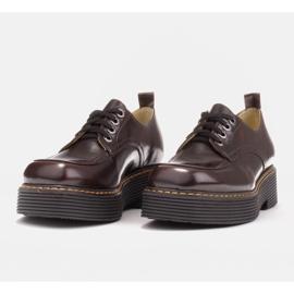 Marco Shoes Mokasyny Chiara ze skóry przecieranej czarne czerwone 3