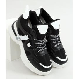 Buty sportowe na koturnie czarne 2D12YD0190-01 Black 3