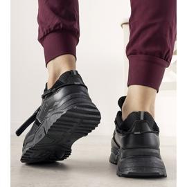Czarne sneakersy damskie Temida 1