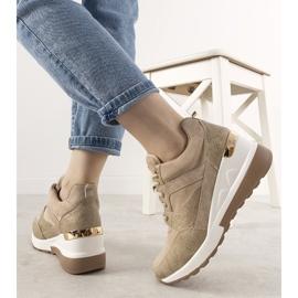 Beżowe sneakersy w motywie skóry węża Halsey beżowy złoty 2