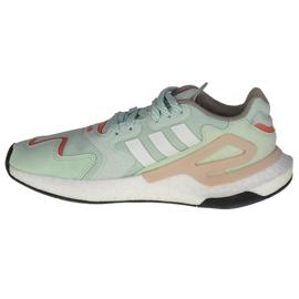 Buty adidas Day Jogger W FW4829 zielone 1