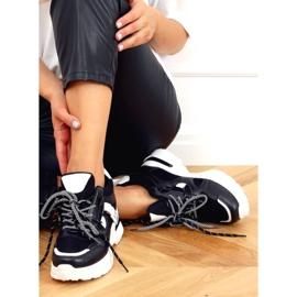 Buty sportowe na koturnie czarne 2D12YD0190-01 Black 4
