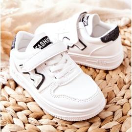 Dziecięce Sportowe Buty Na Rzepy Biało Czarne Santi białe 4