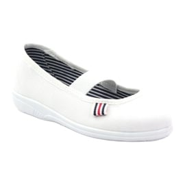 Kapcie dziewczęce czeszki Befado 274X013 białe 1