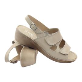 Sandały damskie koturno Gregors 592 beżowe brązowe 3