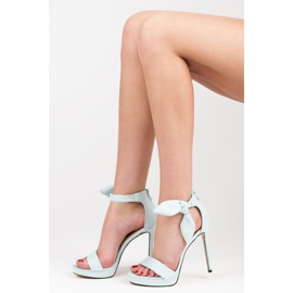Ideal Shoes Zamszowe sandałki z kokardką niebieskie 6
