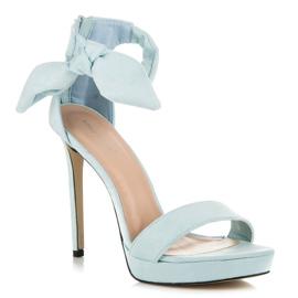 Ideal Shoes Zamszowe sandałki z kokardką niebieskie 3